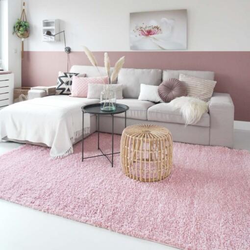 Hoogpolig vloerkleed roze voorkant