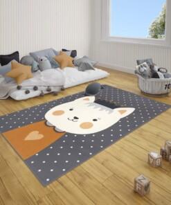 Kindervloerkleed kat Katie - grijs/mosterdgeel - sfeer, thumbnail